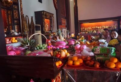祭拜清水祖师的供品以蔬果为主。