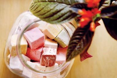 huey&wah为棉花糖注入新的生命,让店内多种口味的手工棉花糖不再只有甜腻。